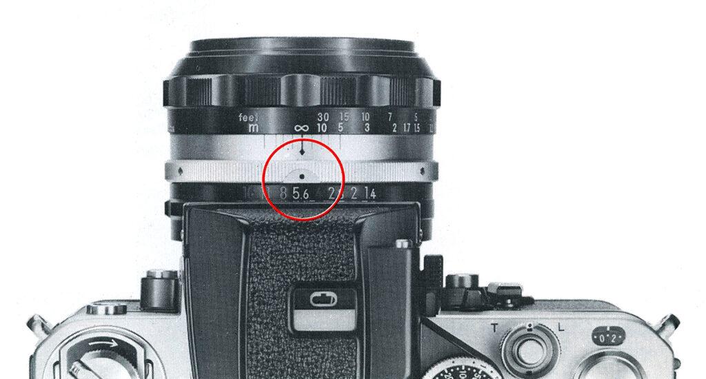 Nikon f2 Setting the Lens Aperture